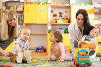 como elegir guarderia para tus hijos que tener en cuenta - superfriends