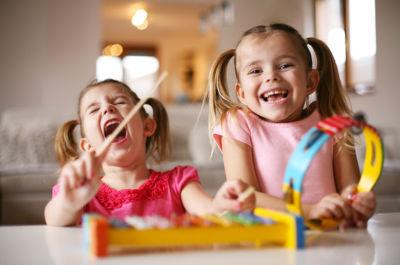 como favorecer la estimulacion auditiva en niños - superfriends